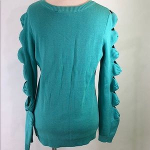 Boston Proper Sweaters - Boston Proper V Neck Sweater open arm detail.
